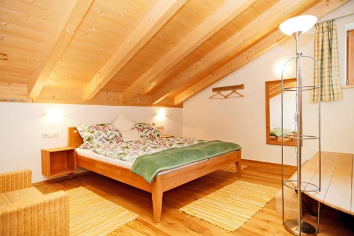 Das Schlafzimmer der Ferienwohnung Heuberg