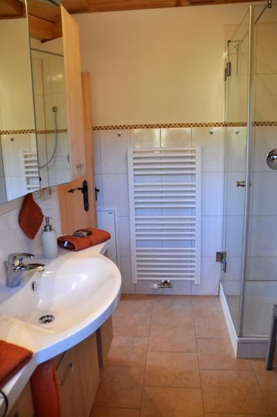 Badezimmer Fewo Heuberg