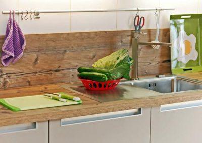 Perfekt ausgestattet ist die Küchenzeile der Ferienwohnung